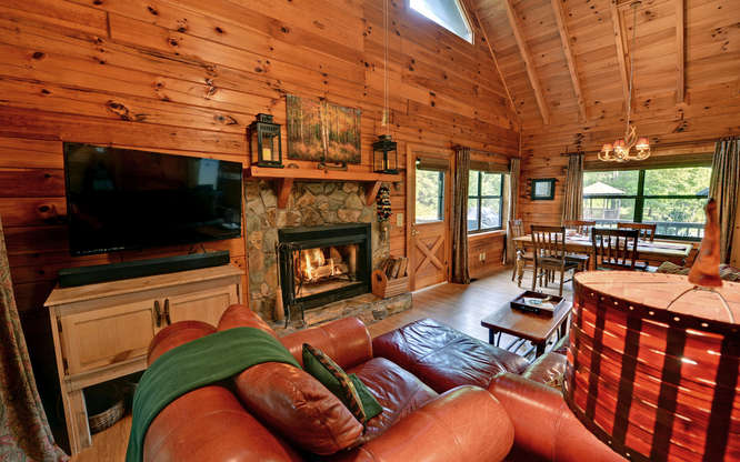 Trout Run Cabin Blue Ridge GA-small-003-Living Room-666x417-72dpi