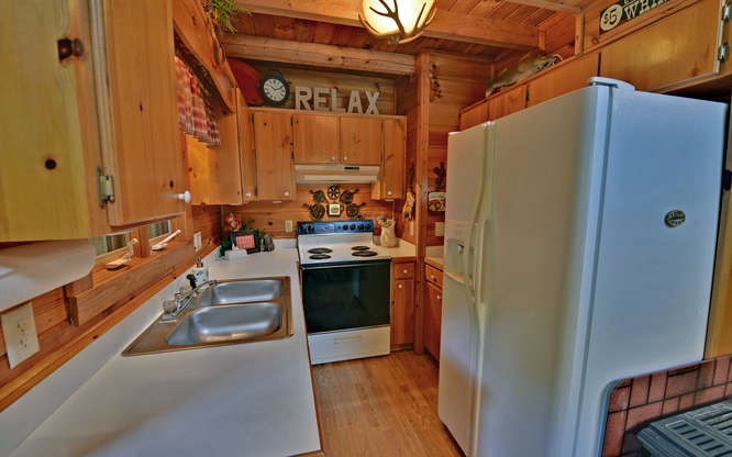 Trout Run Cabin Blue Ridge GA-small-005-Kitchen-666x417-72dpi