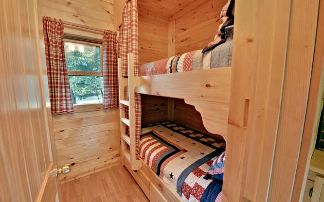 Trout Run Cabin Blue Ridge GA-small-009-Bunk Room-666x417-72dpi