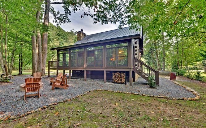 Trout Run Cabin Blue Ridge GA-small-017-Creek Front-666x417-72dpi